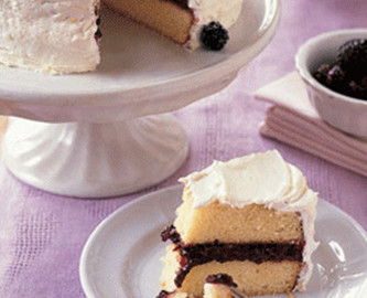 Lemon Cake With Blackberries & Earl Grey